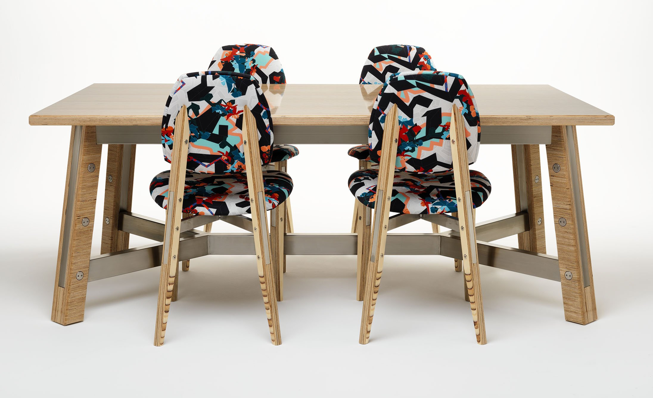 Zedex table and chairs upholstered